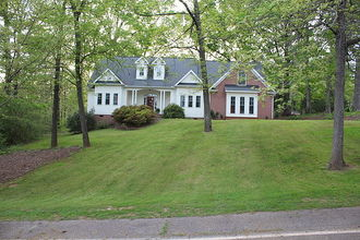 Surprising Greer Sc For Sale By Owner Fsbo Pre Foreclosure Homes Download Free Architecture Designs Jebrpmadebymaigaardcom
